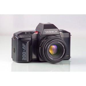 Yashica 200-AF + 1.8/50mm